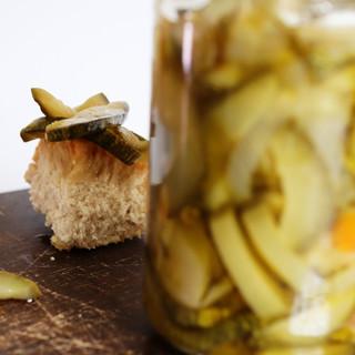 artsy pickle_v1.jpg