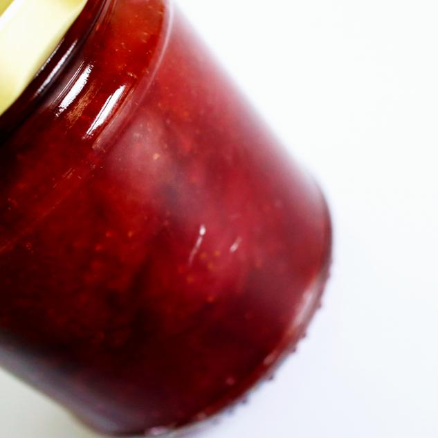 starwberries closeup.png