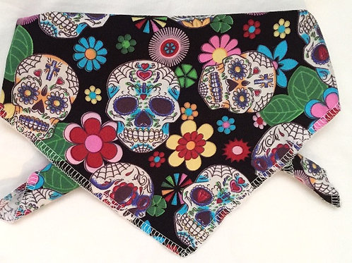 Halloween Dog Bandanas, Dog Clothing, Dog Clothes, Halloween Outfits, Dogs, Handmade UK, Clothes