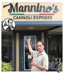 Vin Morrone visits MANNINO'S! GOT CANNOLI?