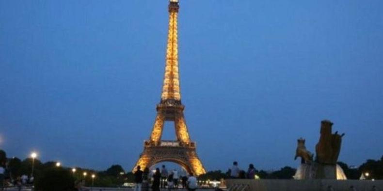 """مشاركة عربية في مسابقة """"الشعر بحريّة"""" العالمية في باريس"""