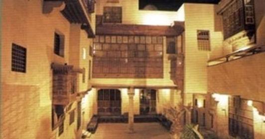 """مكتبة الإسكندرية أقامت معرض الخط العربي تحت عنوان """"الرسم بالكلمات"""""""