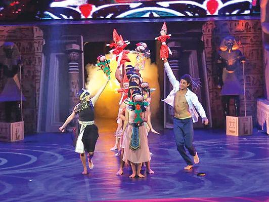 مهرجان المسرح المصري يكرِّم نجومه في دورته الـ 13