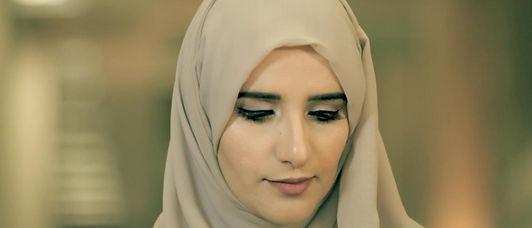 الكاتبة العمانية جوخة الحارثي تتأهل للقائمة القصيرة لجائزة مان بوكر