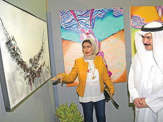 الأمين العام للمجلس الوطني للثقافة والفنون والآداب يفتتح معرض «الليوان 4»