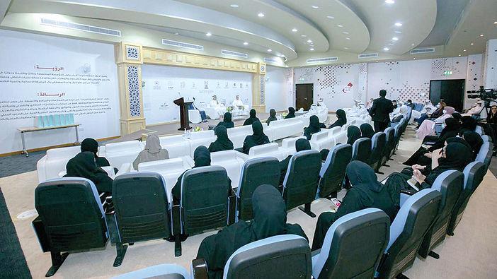 جلسة تعريفية بـ «الموسوعة الإماراتية للحرف والمهن التقليدية»