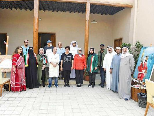المرسم الحر يكرم التشكيليين الخليجيين المشاركين في ورشة الأعياد الوطنية