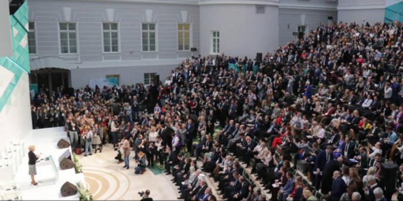 إنطلاق منتدى بطرسبورج الثقافي الدولي بمشاركة 35 ألف مشارك