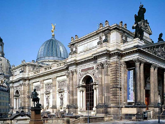 مؤسسة متاحف ألمانية شهيرة تعيد فتح بعض معارضها