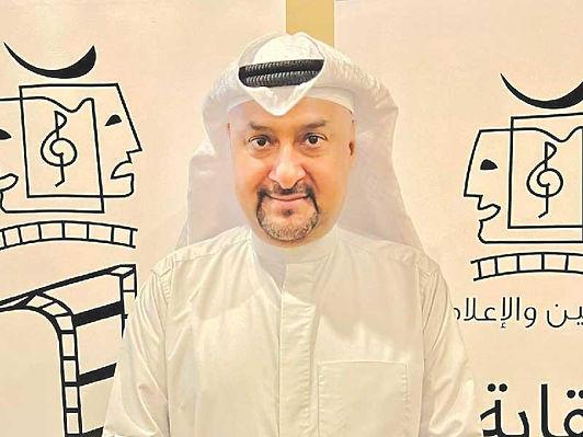 نبيل الفيلكاوي يحاضر عن كيفية ابتكار فكرة عمل فني