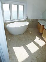 Free-standing Bathtubs