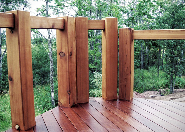 Custom Deck Railings