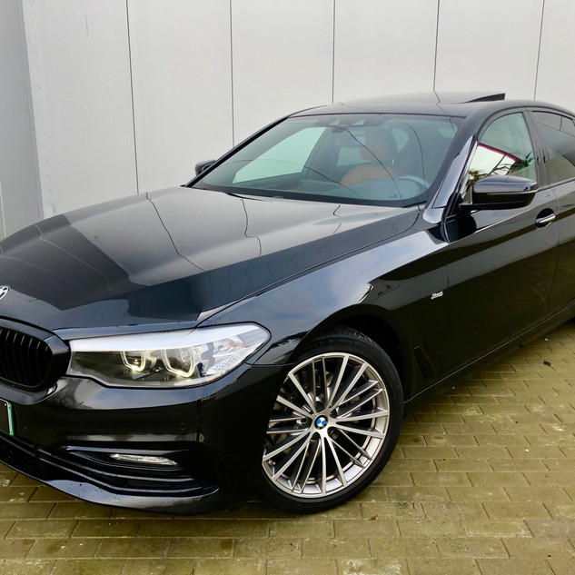 BMW520.jpg