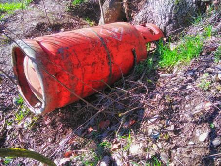 04/2021 Gasflasche in der Gemarkung Lehmen G1