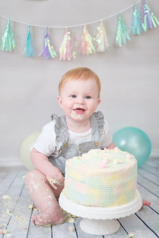 CakeSmash-Kind-Torte.jpg