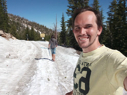 Snowy way to Tahoe
