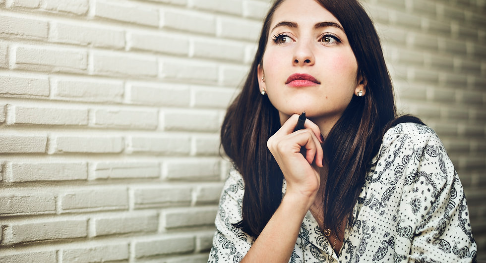 woman-thinking-dreaming-concentration-pr