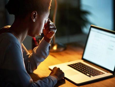 Oi é condenada por falta de suporte a mulher que teve Facebook invadido pelo ex