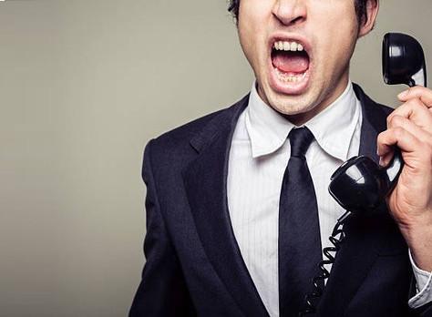 Prefeito é condenado por ameaçar cidadão por telefone