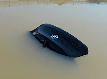 Churrascaria indenizará cliente que teve carro inundado em estacionamento