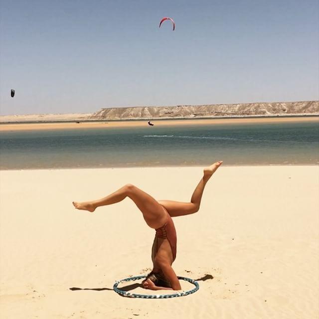 🌀 YOGA HOOP 🌀 sur une de mes chansons 🌀🌀#hollahoop#yoga#yogi#yogagram#yogagirl#yogapose#yogateac
