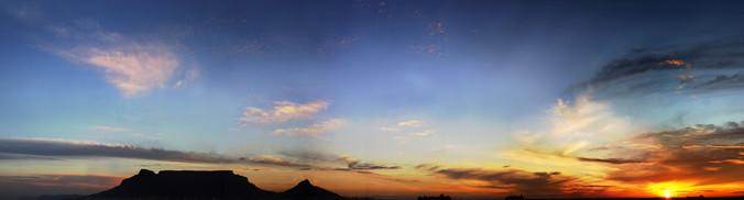 table mountain silhoutte sunset web.jpg