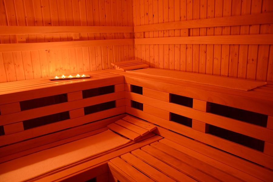 fisnka sauna_cerny_Most.jpg