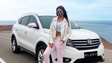 Mujeres al comprar un auto 2021