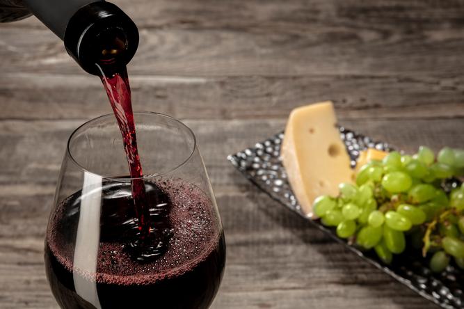 vin et fromage Café de Paris.png