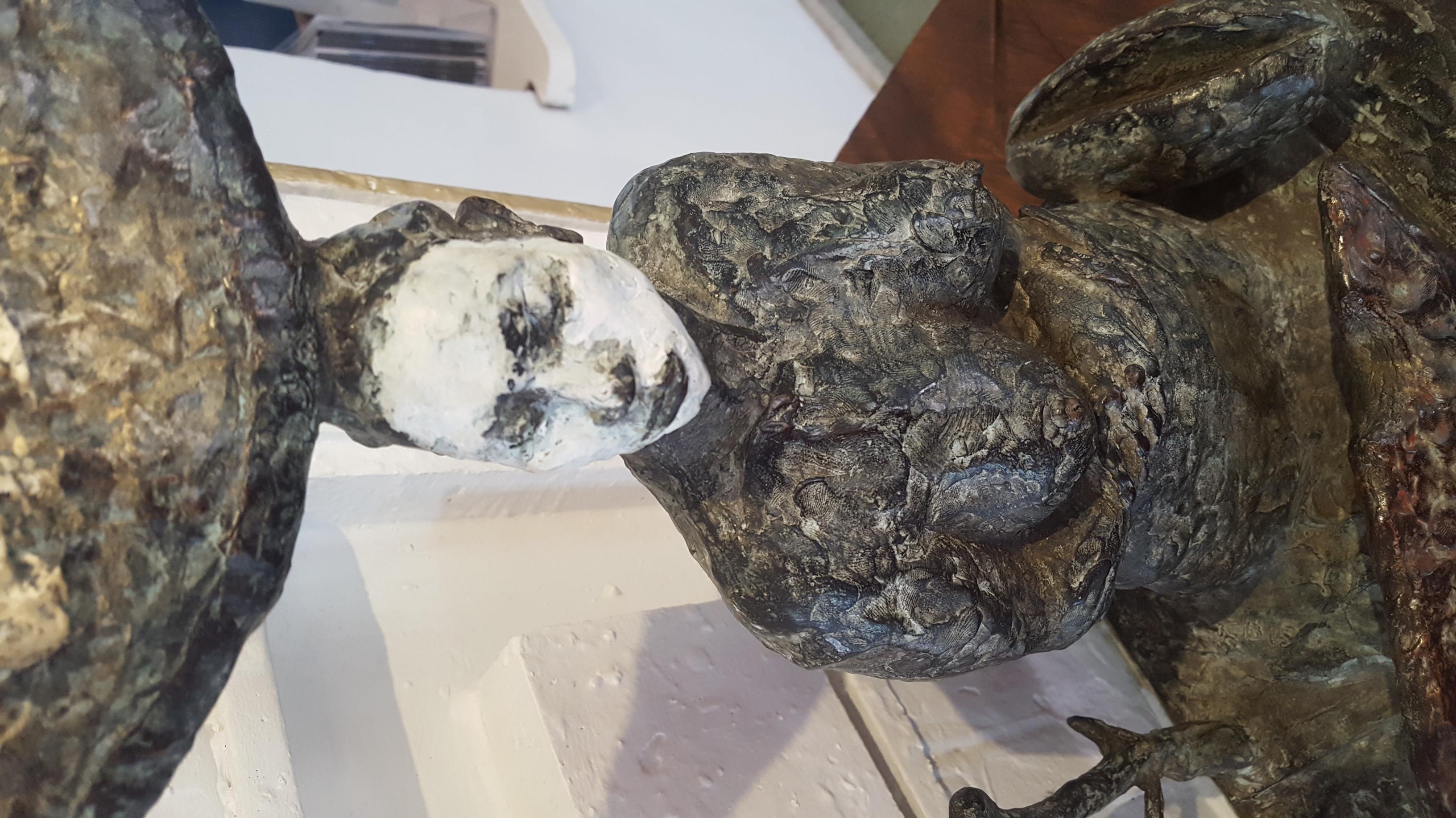 Tafel met vrouw en paneel (brons)