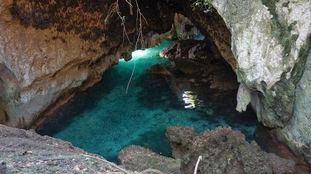 bat chamber snake island.JPG