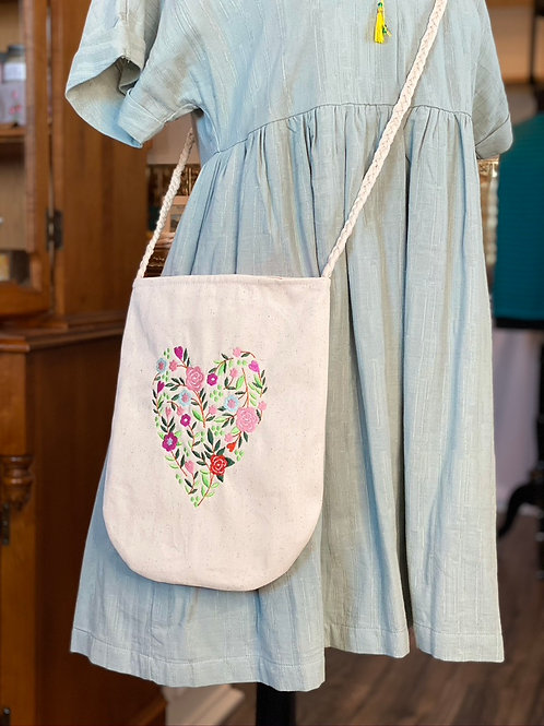 Large Crossbody in Floral Heart
