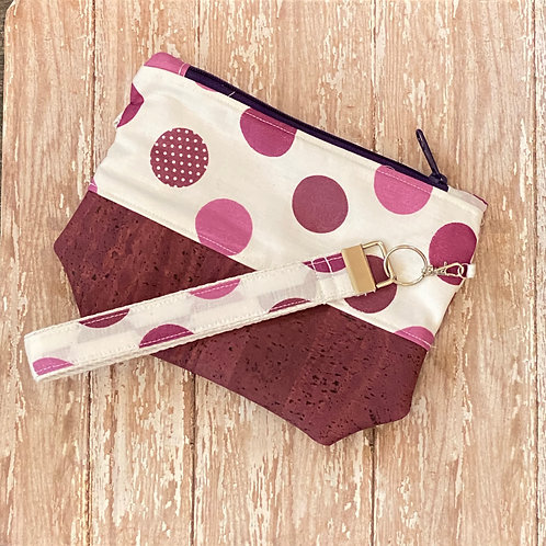 Sari Wristlet in Dottie