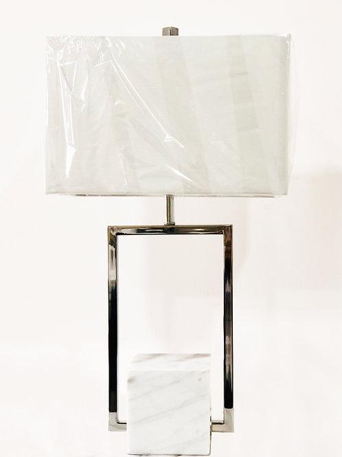 Lámpara de mesa – Mármol y Metal Cromado