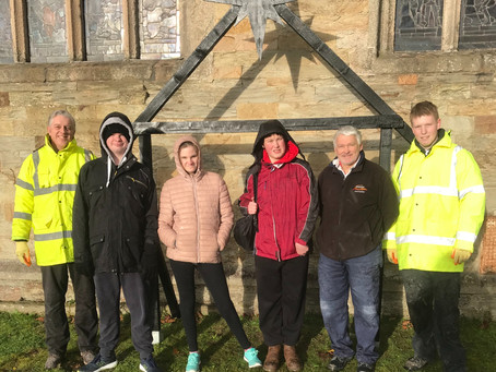 Students Support St Petroc's Christmas Tree Festival