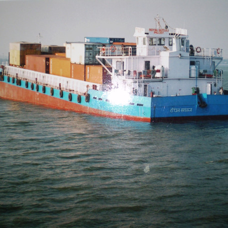 Container2.jpg