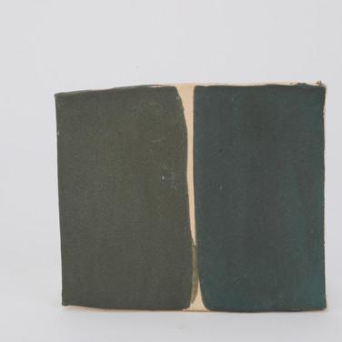 ^10 Cuesta Green/Black Engobe