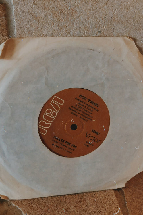 VOK 45' Vinyl -2 Single Edition