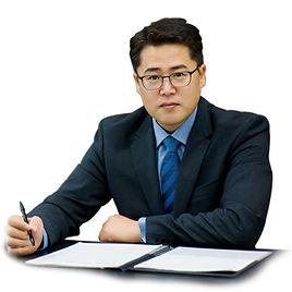 CEO_04_S.jpg