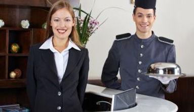 header-hotel-praktikum-98b6e70e.jpg