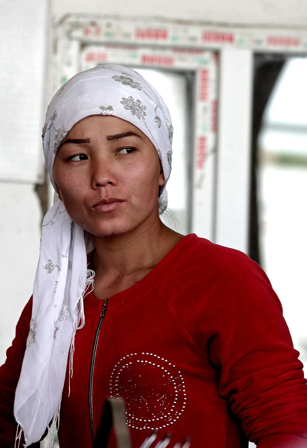 Ritratto di una giovane ristoratrice (Sulla via per Otrar – Kazakhstan aprile-maggio 2018)