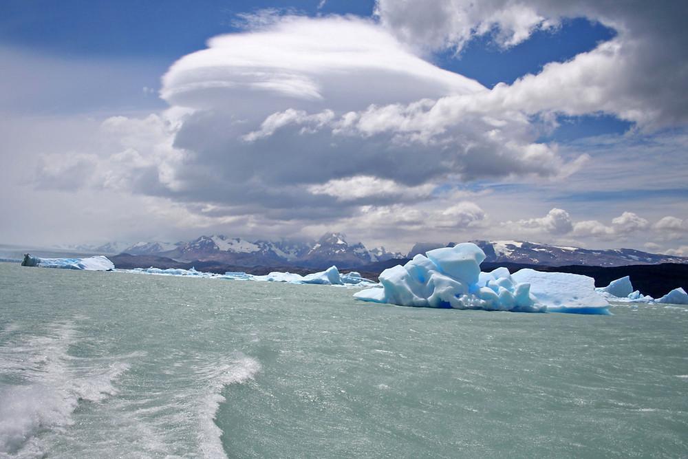 Sul lago Argentino (Argentina – Patagonia e Terra del Fuoco, dicembre 2007 / gennaio 2008)