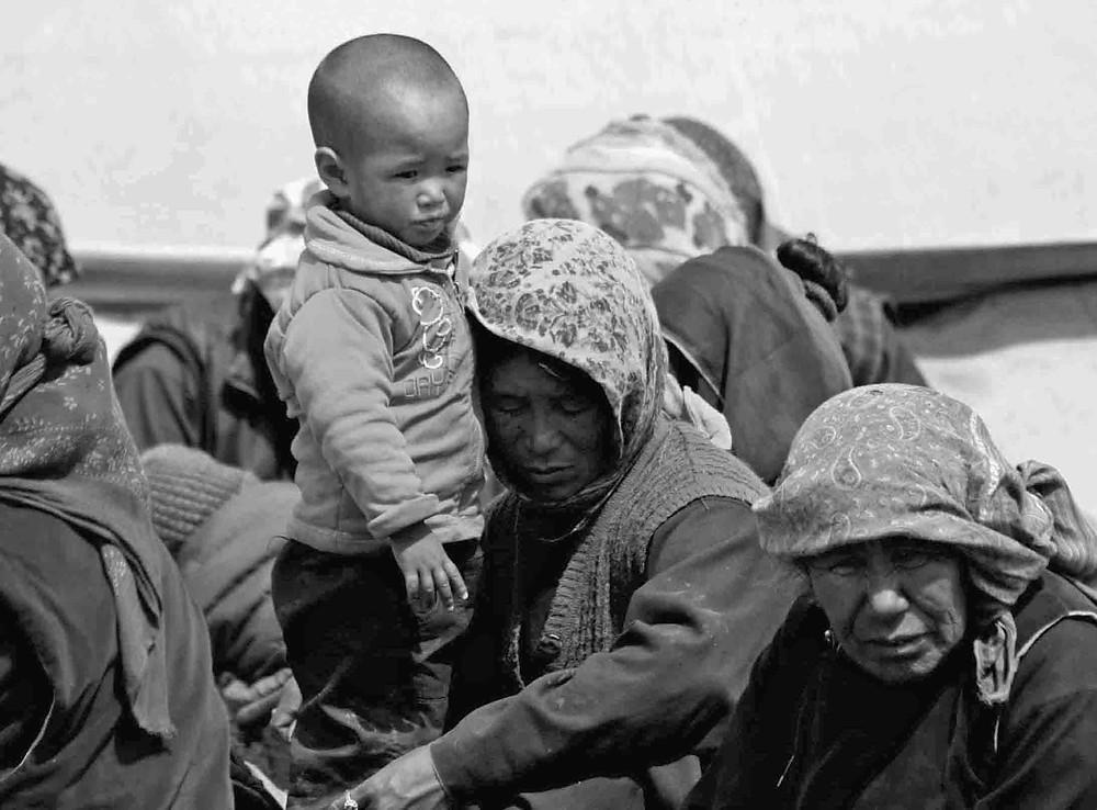 Famiglia di nomadi presso lo Tsomoriri lake (Rupshu valley, Ladakh – India, agosto 2013)