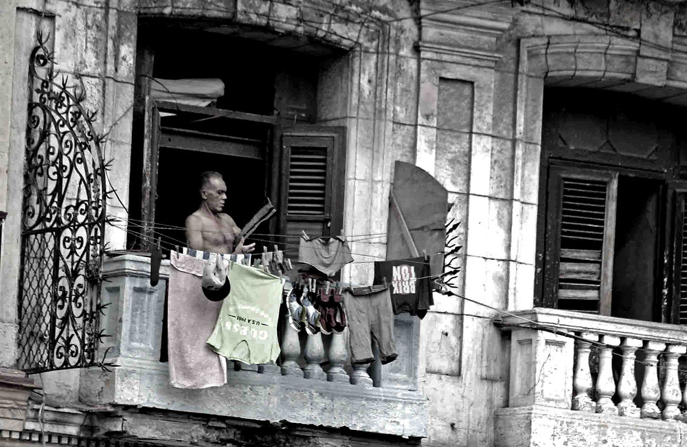 Stendere panni (La Habana – maggio 2017)