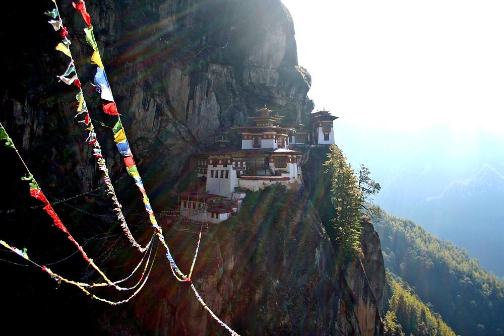 Taktshang Goemba, la tana della tigre  (Bhutan – novembre 2008)