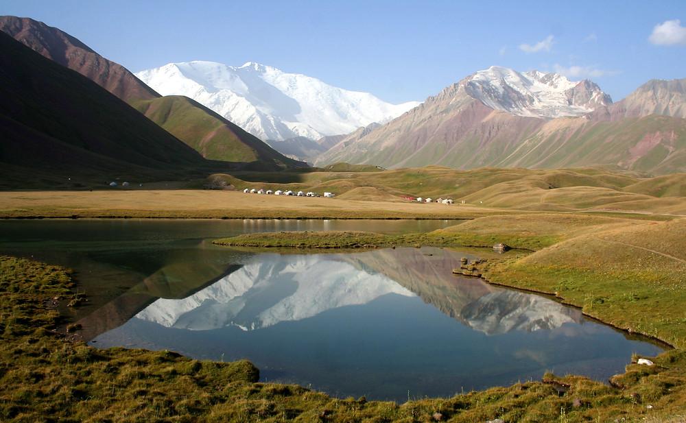 I laghi di Tulparkul (3540 m.) e il Lenin peak (7134 m.) (Kyrgyzstan – Tajikistan e Kyrgyzstan, luglio/agosto 2018)