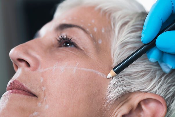 anti-aging-concept-doctors-hand-preparin