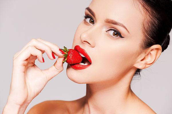 strawberry-lips-T2HRR8F.JPG