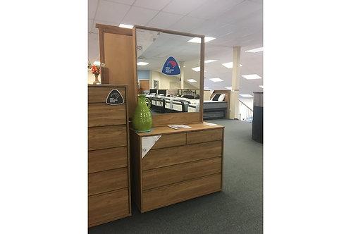 Moda 5 Drawer Dresser with Mirror
