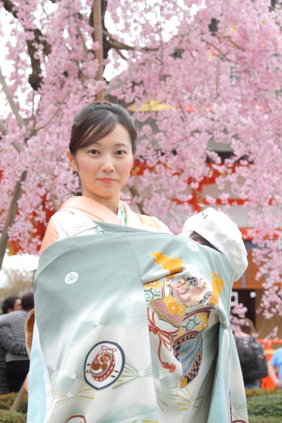 お宮参り撮影 京都撮影 家族写真 記念写真 桜 出張撮影